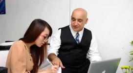 sinh viên dạy tiếng việt tại nhà cho người nước ngoài